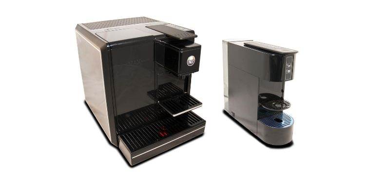 101CAFFE' Professional with new Coffee One patented capsules system
