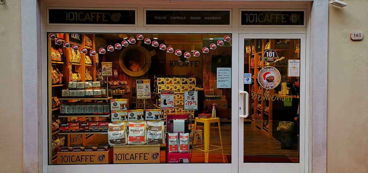 101CAFFE' Shop Window, the only one franchise on artisanal italian coffee